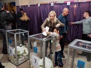 Выборы: одесские кандидаты пока лидируют