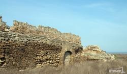 Аккерманской крепости грозит обрушение (ФОТО)