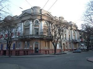 Здание кинотеатра «Одесса» на улице Спиридоновской реконструировать не будут. Собственник намерен продать памятник архитектуры.