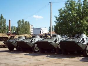 Для пограничников привели в боеготовность 20 БТР, а для одесской 28-й мехбригады строят бронированную медицинскую машину