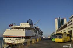Круизный сезон в Одессе возрождается: очередные два лайнера одновременно (ФОТО)