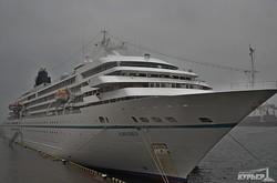 Последний теплоход курортного сезона гостит в Одесском порту