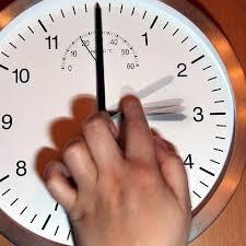 В ночь перед выборами не забудьте перевести часы!