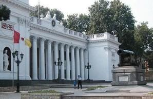 Мэр хочет уволить директора Одесской ТЭЦ за некомпетентность и обещает согреть центр города уже сегодня