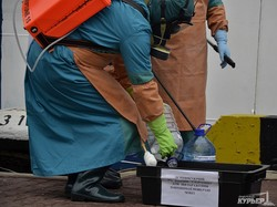 Как в Одессе на учениях предотвращали заражение вирусом Эбола (ФОТОРЕПОРТАЖ)