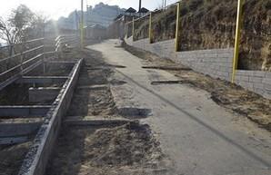 С Гагаринского плато в Аркадии строят дорогу к морю (ФОТО)