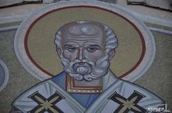 Храм на Морвокзале обзавелся огромной иконой-мозаикой Николая Чудотворца (ФОТО)