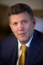 Кивалов не хочет освобождать кабинет председателя парламентского комитета