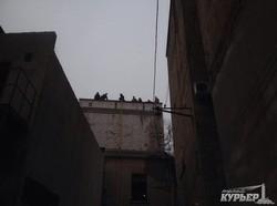 """Одесский """"Правый сектор"""" борется с незаконной стройкой и титушками на Молдаванке"""