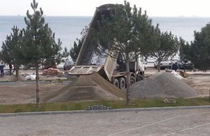 Кисловский считает, что разобрав частную парковку, одесситы нанесли ущерб городу