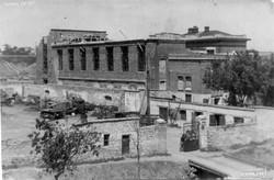Восстановление разрушенной трамвайной электроподстанции у Херсонского сквера, конец 1940-х гг.
