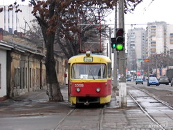 Перекресток Балковской и Дальницкой, сентябрь 2006 г., закрытый 30-й трамвай