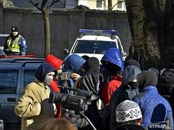 Радикальные одесские «евромайдановцы» требуют правды о Дебальцево (ФОТО)