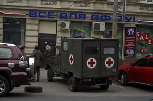 Одесские волонтеры отправляют санитарную машину в зону АТО (ФОТО)