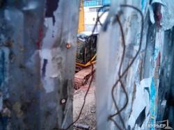 """В одесскую """"черную дыру"""" на Греческой площади строят автомобильный въезд (ФОТОРЕПОРТАЖ)"""