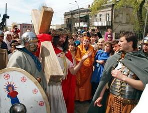 Православная церковь выгнала из центра Одессы историческую пасхальную реконструкцию