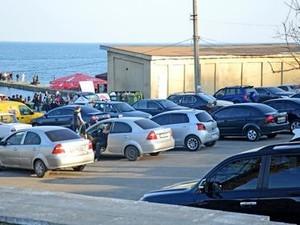 Одесскому горсовету предлагают узаконить парковки на пляже