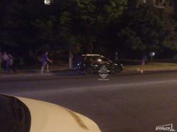ДТП в Одессе: перевернулся микроавтобус (ФОТО, обновлено)