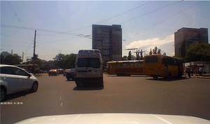 В Одессе маршрутка столкнулась с трамваем (ФОТО)