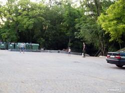 Десятая парковка на одесском Ланжероне уже готова (ФОТО)