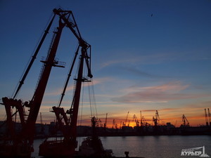 Одесский порт покупает топливо только у одного поставщика по завышенной цене