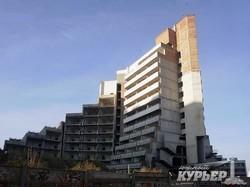 В Одессе снесут недостроенный санаторий, которым вдохновились архитекторы Северной Кореи (ФОТО)
