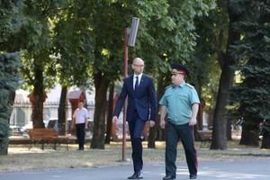 Яценюк в Одессе: ни одна страна в мире кроме Украины не воюет с ядерной державой Россией
