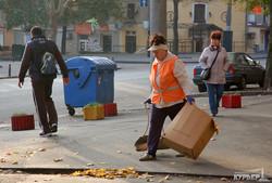 """В центре Одессы, несмотря на """"день тишины"""", продолжает висеть предвыборная агитация (ФОТО)"""