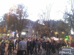 Движение в центре Одессы перекрыто обманутыми агитаторами Гурвица (ФОТО)