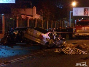 Аварии на самой опасной улице Одессы не прекращаются