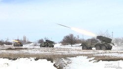 ВМС Украины проводят артиллерийские стрельбы на заснеженных пляжах Одесской области (ФОТО, ВИДЕО)