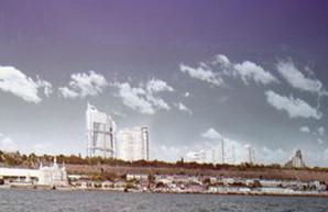 У Сакварелидзе требуют прекратить застраивать одесское побережье небоскребами