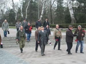 """В Одессе попытались отметить 23 февраля с """"георгиевскими"""" лентами"""