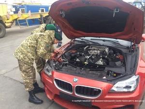 Угонщики пытались отправить краденые машины из Одессы в Арабские Эмираты (ФОТО)