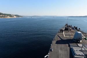 В Черное море вошли два американских боевых корабля и направляются к Одессе (ФОТО)