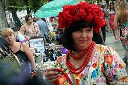 В Одессе на Приморском бульваре открылся Вышиванковый фестиваль (ФОТО)