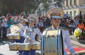 В Одессе торжественно начали праздновать День Города у Дюка (ФОТО)