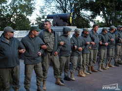 Сессия завершилась, но на Думской все еще продолжаются потасовки (ФОТО)