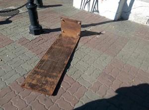 Опять вандалы крушат одесские памятники (ФОТО)