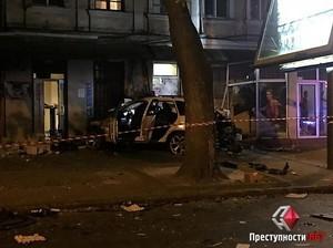 В центре Одессы столкнулось три автомобиля: трое погибших и пятеро раненых