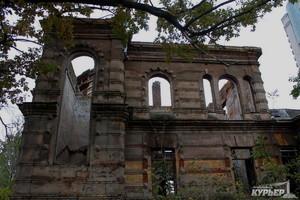 """Старинный особняк в Аркадии был снесен сотрудниками строительной компании """"Гефест"""""""