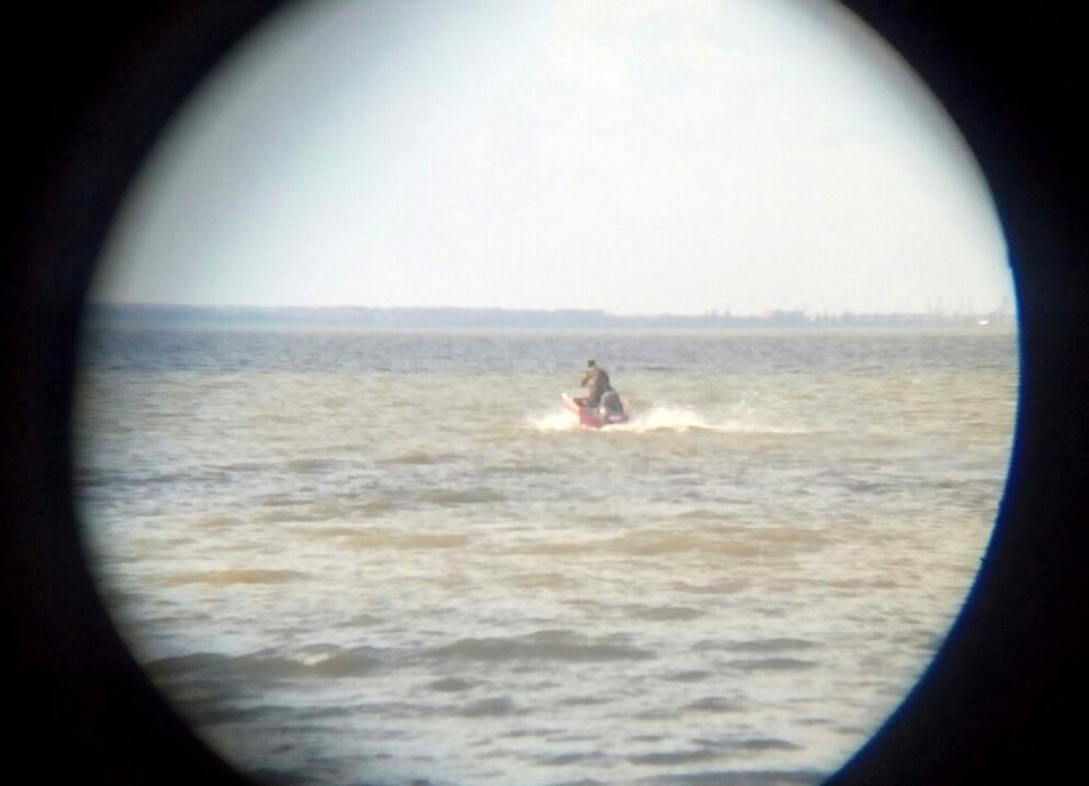 Поиски пропавших рыбаков