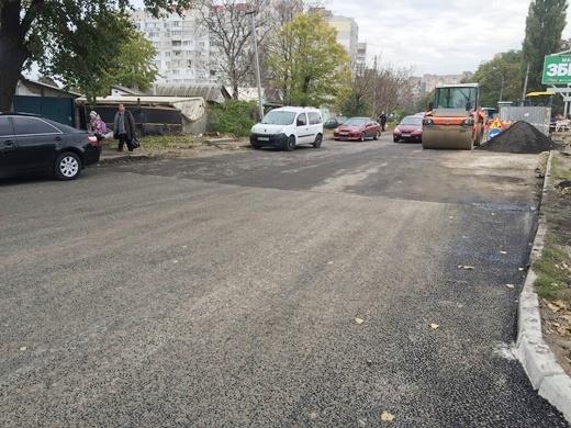 В Одессе продолжают ремонтировать въезд в город со стороны Киева