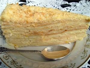 """Опасный """"наполеон"""": Число отравившихся тортом возросло до 33 одесситов"""