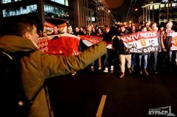 """Марш фанатов """"Манчестера"""" прошел по улицам Одессы (ФОТО, ВИДЕО)"""