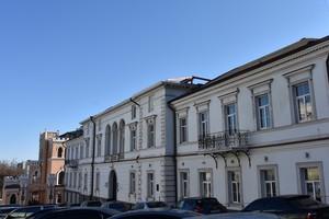 Как ремонтируют памятник архитектуры в центре Одессы (ФОТО)