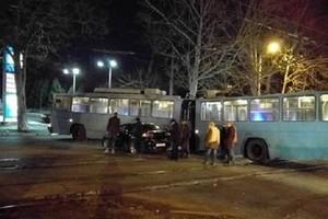 В Одессе произошло очередное ДТП с участием троллейбуса