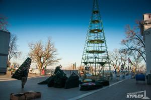 Итоги 13 декабря в Одессе: подготовка к Новому году, работа над концепцией сохранения центра города и ремонт дамбы Хаджибейского лимана
