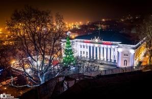 Новогодний центр Одессы с высоты крыш старого города (ФОТО)