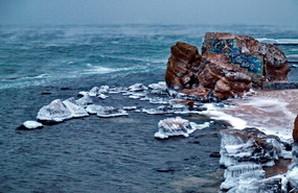 Черное море у берегов Одессы штормит и парит (ФОТО)